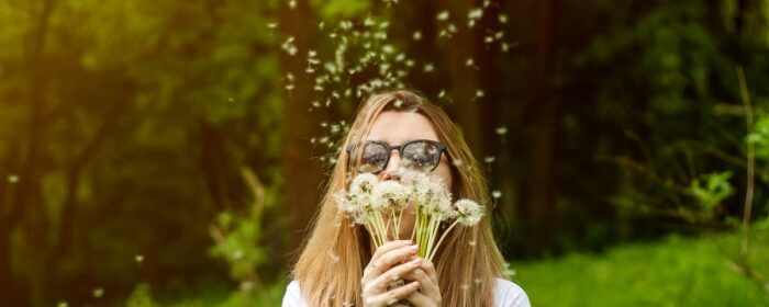 What Causes Summer Allergies? Summer Allergy Symptoms and Treatment